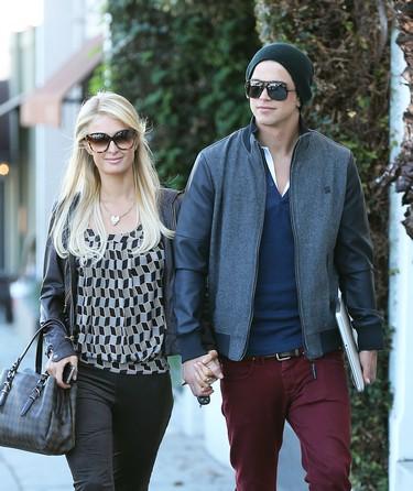 Paris Hilton Spreads Christmas Cheer By Visiting LA Hospital