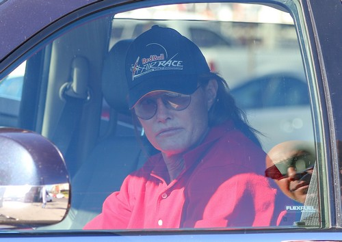 Bruce Jenner To Talk About His Transformation On TV
