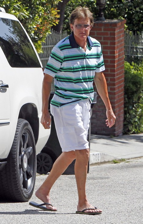 Bruce Jenner Loves When His Dirty Laundry Is Hung Out To Dry