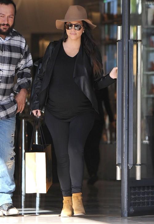 Kourtney Kardashian Fed Up With Scott Disick's Partying