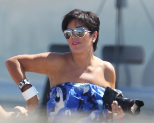 Kris Jenner Caught Half-Naked Kissing Alex Roldan - Report