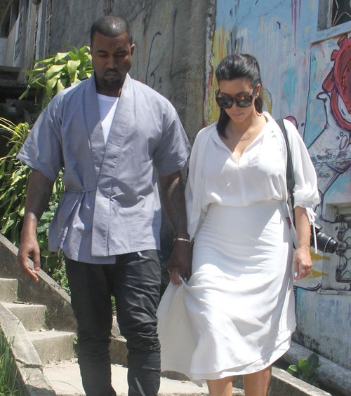 """Kanye West Puts Kris Jenner In Her Place: No """"K"""" Name Baby For His Child"""