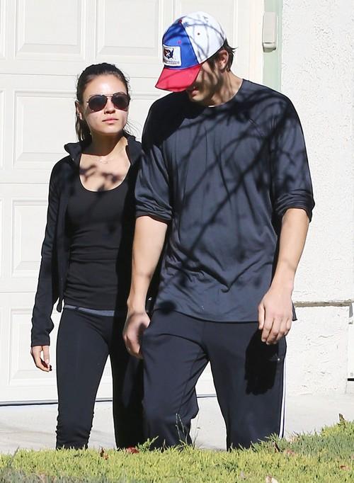Ashton Kutcher Flies To London To See Mila Kunis: Damage Control?