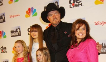 Trace Adkins' Wife Rhonda Adkins Files For Divorce: 17 Year Marriage Over