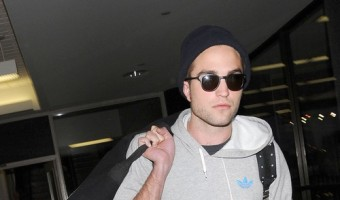 Robert Pattinson Not Dating Riley Keough Because He Doesn't Want To Hurt Kristen Stewart