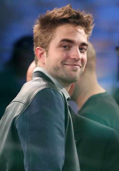 "Robert Pattinson Says ""Good Morning America"""