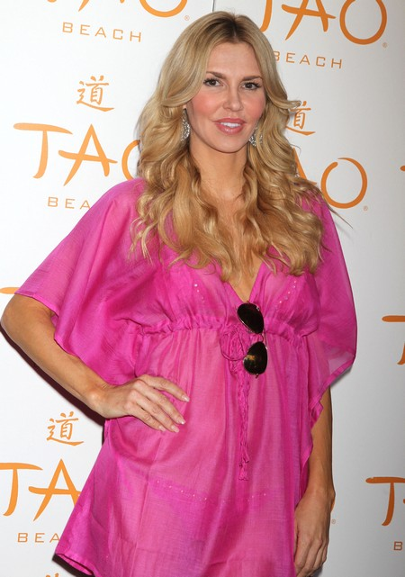 Brandi Glanville Uses Twitter AGAIN To Rant About Kri