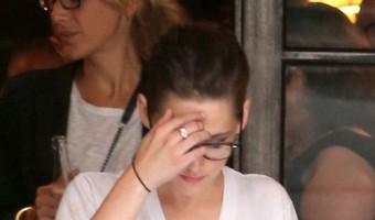 """Kristen Stewart Upset Someone Wrote """"I Love Rob"""" On Her Truck? (VIDEO)"""