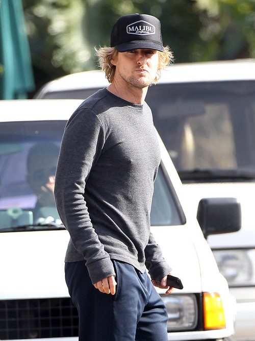 Exclusive… Owen Wilson Visits His Newborn Son