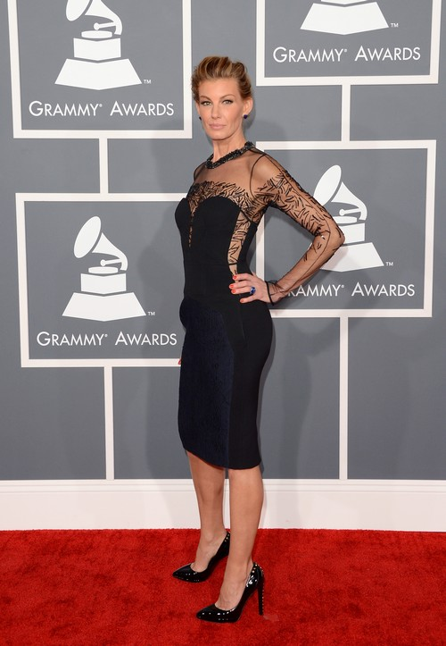 Faith-hill-2013-Grammy-Awards-Red-Carpet-Arrival