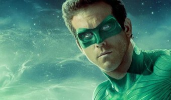NEW Ryan Reynolds 'Green Lantern' Photo