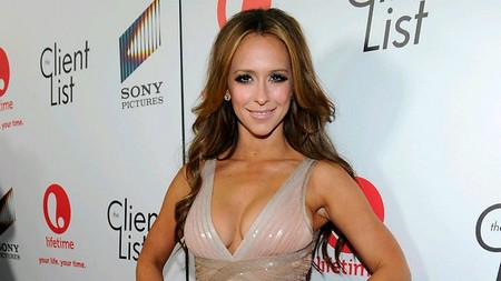 Jennifer Love Hewitt's Double D Breasts Digitally Altered