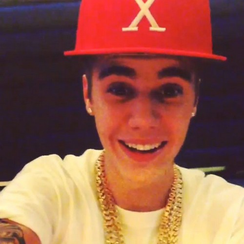 Justin Bieber Falls Down Stairs Injures Himself Was He Stoned?