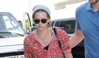 Kristen Stewart To 'Survive' Robert Pattinson Engagement