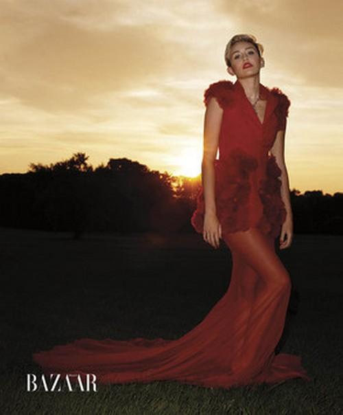 Miley-Cyrus-Harpers-bazaar-oct-4