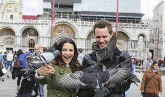 Nick Viall Apologizes For Revealing That He And Andi Dorfman 'Made Love' On National Television