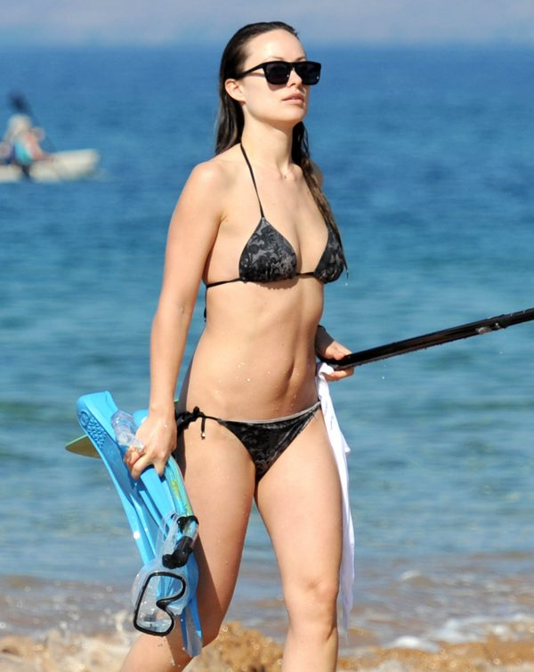 Olivia Wilde & Jason Sudeikis Enjoy A Family Beach Day In Hawaii