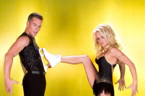 Pamela Anderson Wows on 'Dancing on Ice'