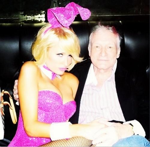 Paris Hilton Celebrates Easter With Hugh Hefner At The Playboy Mansion (Photo)