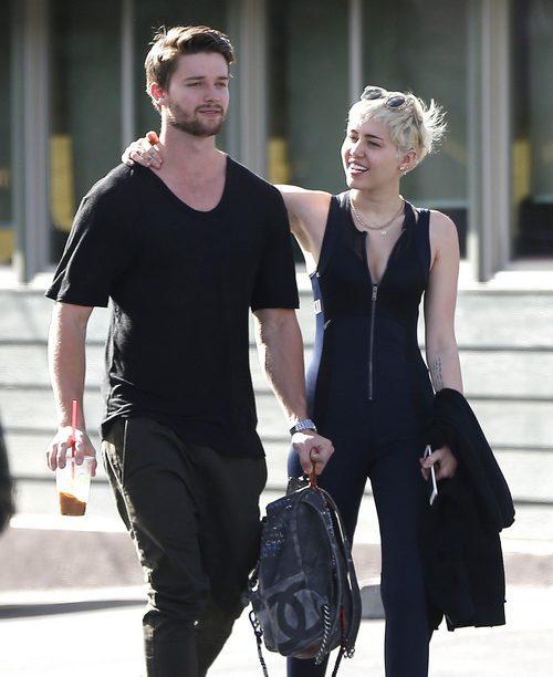 Semi-Exclusive... Miley Cyrus & Patrick Schwarzenegger Stop By Hugo's Tacos