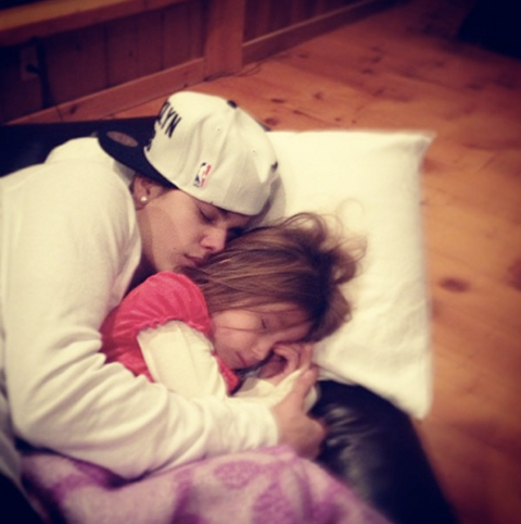 Justin Bieber and Selena Gomez Spend Christmas Apart, He's With Another Girl (Picture)