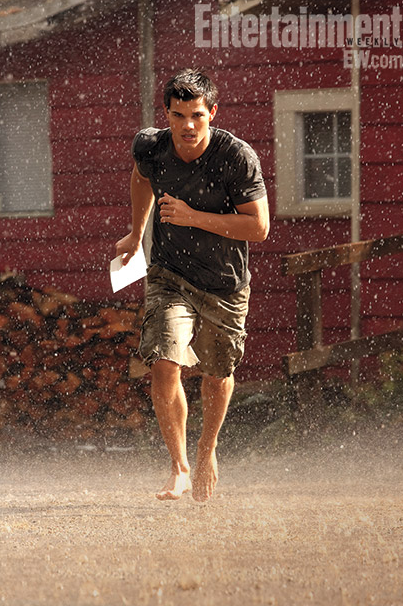 Breaking Dawn – Taylor Lautner – EW