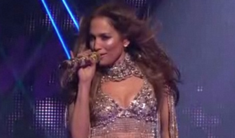 Jennifer Lopez 'On The Floor' Ft. Pitbull – American Idol Results Show Performance  – VIDEO