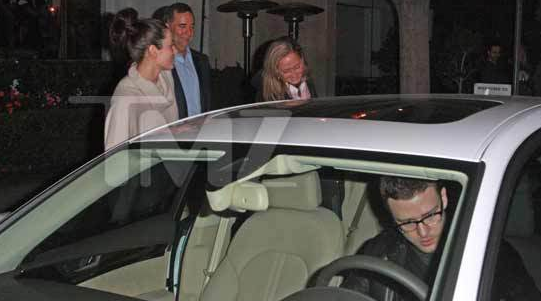 Justin Timberlake and Jessica Biel with his Parents – Double Date –