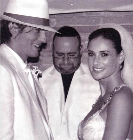 Ashton Kutcher and Demi Moore Wedding Photo