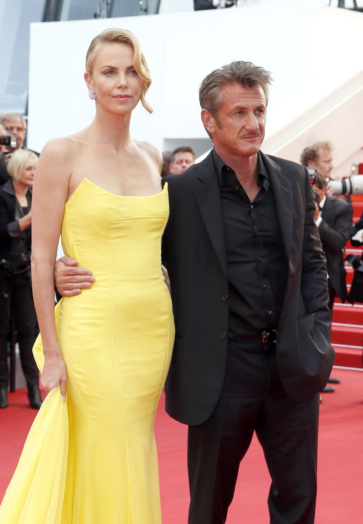 why-does-charlize-theron-dating-sean-penn
