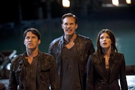 "True Blood Season 5 Premiere ""Turn! Turn! Turn!"" Live Recap 6/10/12"
