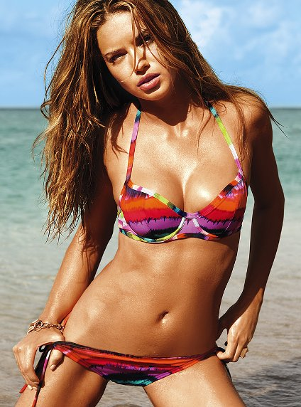 Victoria's Secret 2011 Swimsuit Catalog Photos