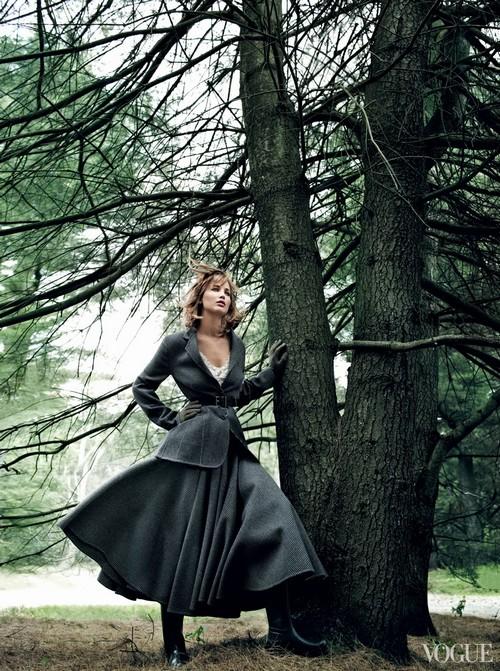 Vogue-US-September-2013-Jennifer-Lawrence-3