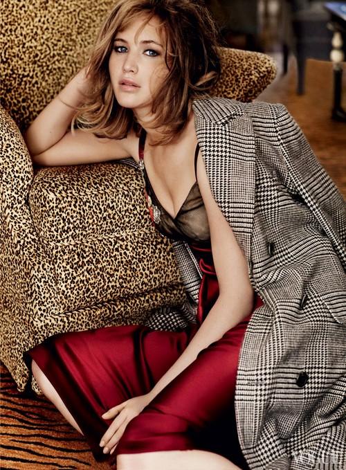 Vogue-US-September-2013-Jennifer-Lawrence-4