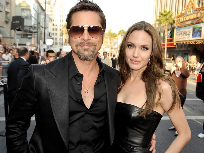 Angelina Jolie Brad Pitt Smiling