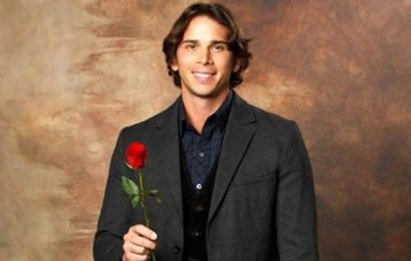'The Bachelor' Host Implies Ben Flajnik Does Not Pick Courtney Robertson!