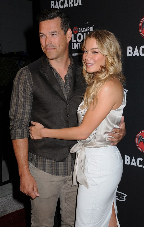 LeAnn Rimes Claims She's A Housewife - Won't Admit Her And Eddie Cibrian's Reality Show Is A Famewhore Move!