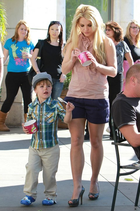 Britney Spears Headed To Court, Former Nanny Will Testify About Mental Health
