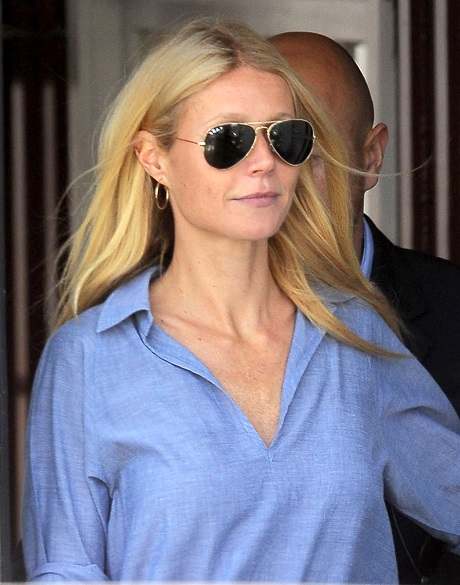 Gwyneth Paltrow At The Brentwood Country Mart