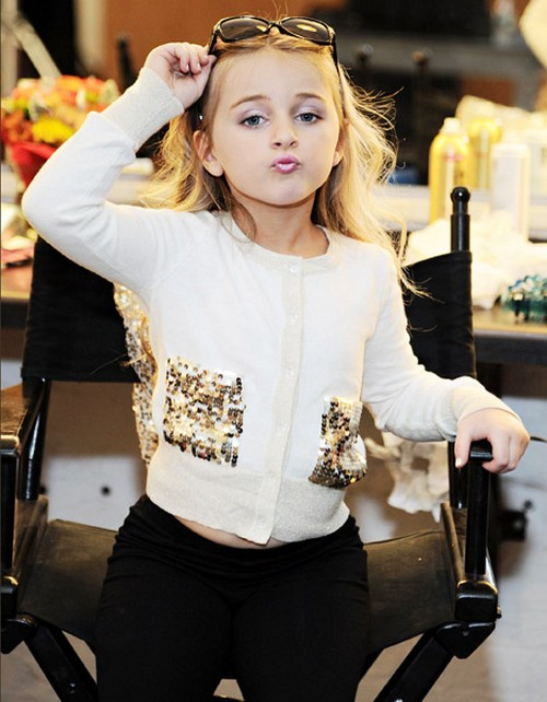 Isabella Barrett Is A Millionaire At The Age Of Six!