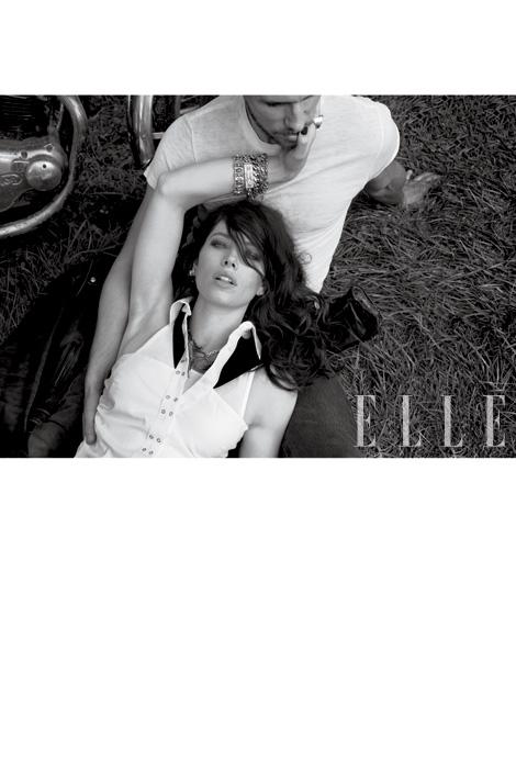 Jessica Biel – ELLE – December 2011 – 4