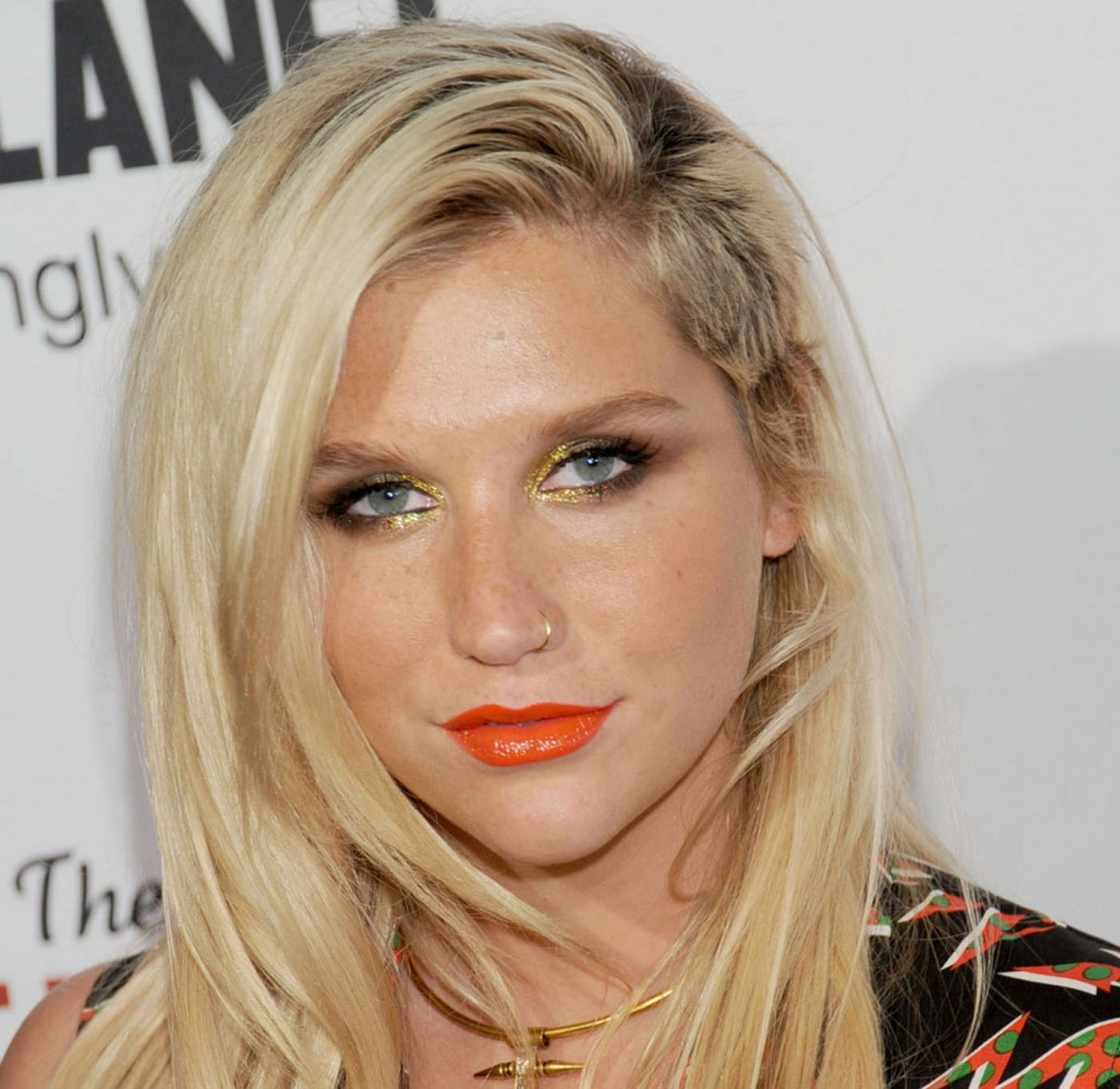 Ke$ha Speaks Out After Single Pulled From Radio: Claims She Was Forced To Sing Die Youn