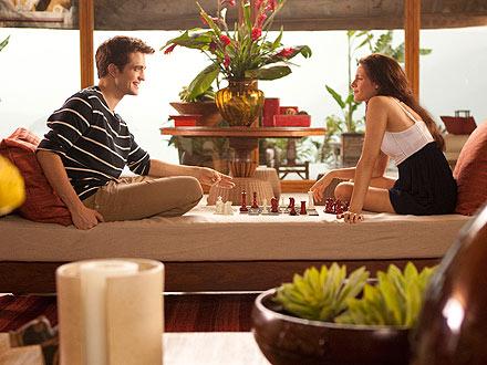 Robert Pattinson and Kristen Stewart – Breaking Dawn