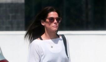 Sandra Bullock Jokes About Chris Evans Dating Rumors, Refuses To Admit Truth